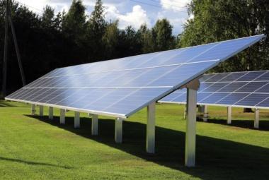 Опори сонячних батарей